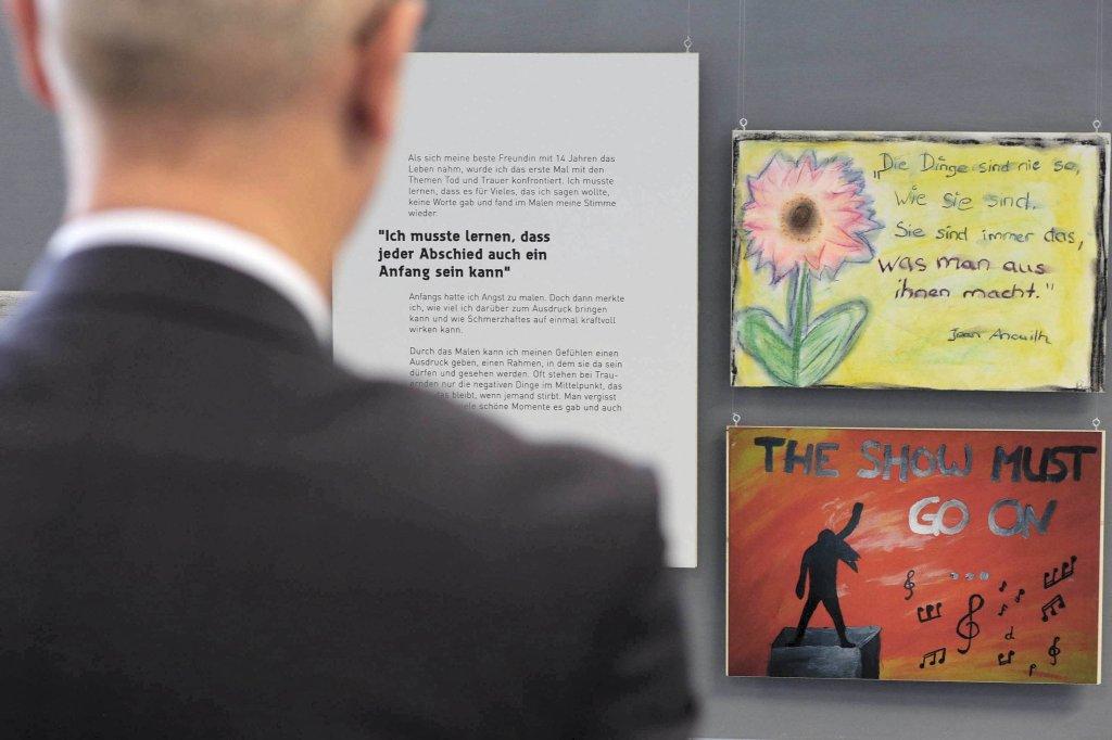 Eine Ausstellung über den Tod und Verluste in Emmerich | nrz.de ...