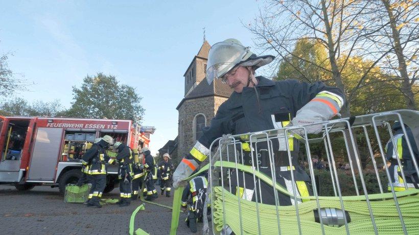 Freiwillige Feuerwehr: Großübung in Byfang: Feuerwehr rettet Kinder