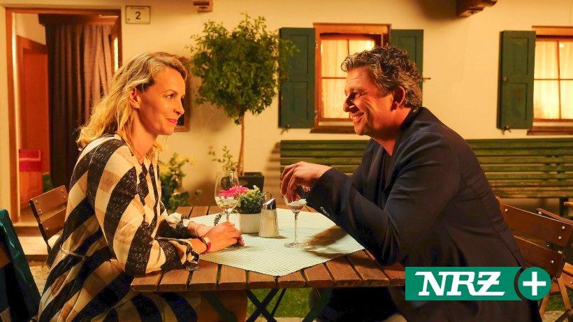 "ZDF-Show: Jan Böhmermann flirtet mit ""Wetten, dass..?"" - WELT"
