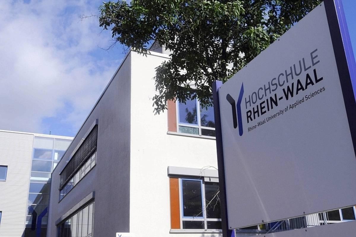 Zerstörungswut an Hochschule Rhein-Waal in Kamp-Lintfort ...