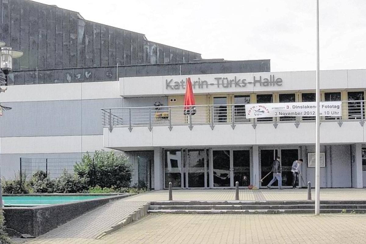 Gericht Fragte Stadthalle Dinslaken Fur Loveparade Prozess An Nrz