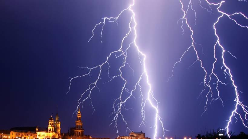 So Schützen Sie Haus Und Wohnung Vor Blitzeinschlägen