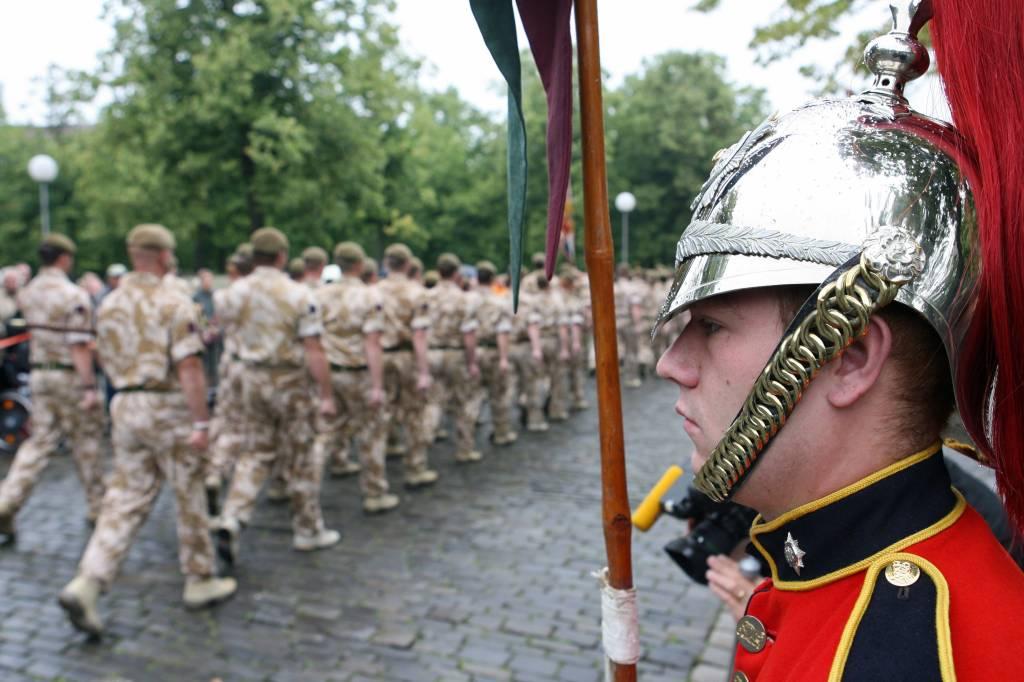 Britische Armee zieht letzte Soldaten aus Münster ab | nrz.de | Region