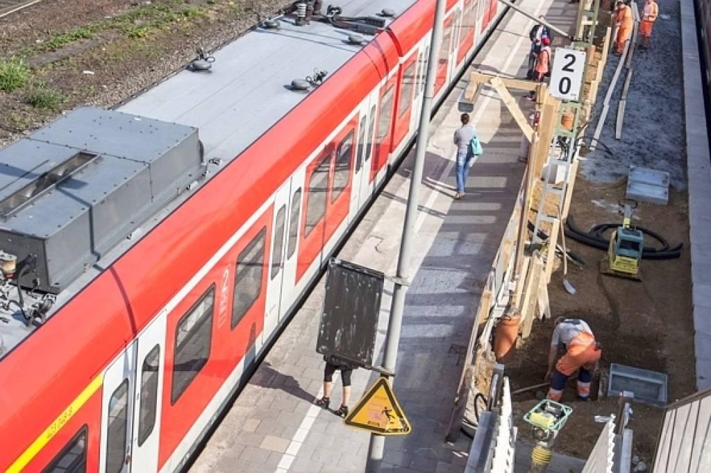 Ostern Zugausfälle Zwischen Duisburg Und Düsseldorf Nrzde