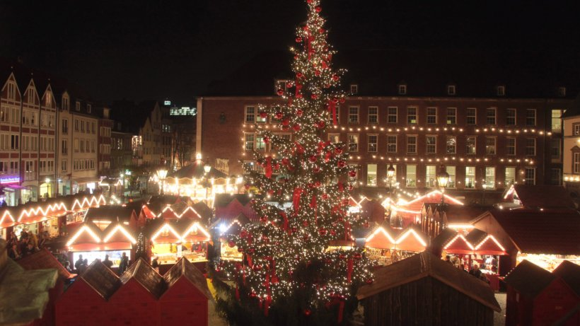 kein weihnachtsbaum vor dem rathaus in d sseldorf nrz. Black Bedroom Furniture Sets. Home Design Ideas