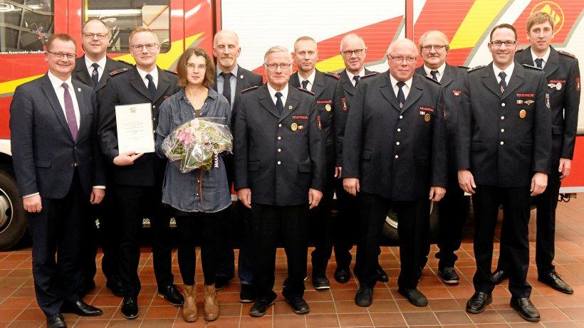 NRW-Feuerwehr-Ehrenabzeichen in Silber für Sebastian Bonnes - NRZ
