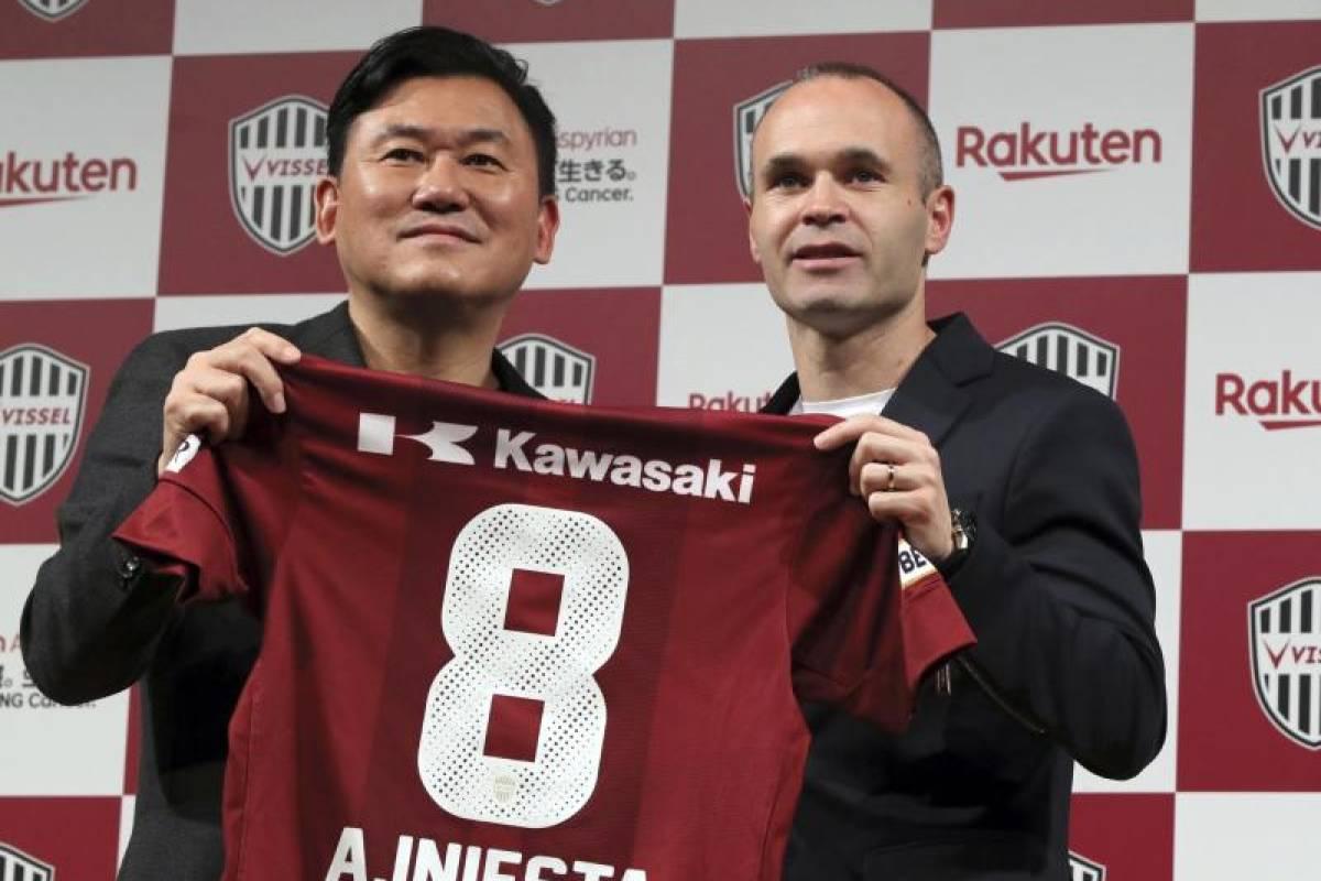 dd2571cc85e949 Iniesta jetzt Mitspieler von Poldi bei Vissel Kobe in Japan