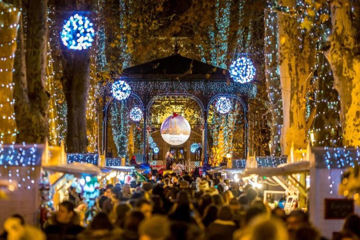 Wann Macht Man Die Weihnachtsbeleuchtung An.Zagreb In Der Weihnachtszeit Entdecken Nrz De Reise