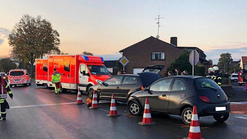 Drei Verletzte bei Unfall in Bedburg-Hau - NRZ