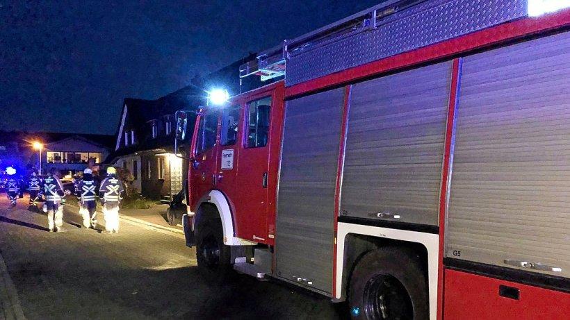 Feuerwehr Hünxe rückt wegen Gasgeruch in Wohnhaus aus - NRZ