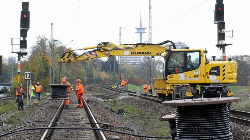 Non-Stop-Einsatz auf den Gleisen für die Südumgehung Wesel - NRZ
