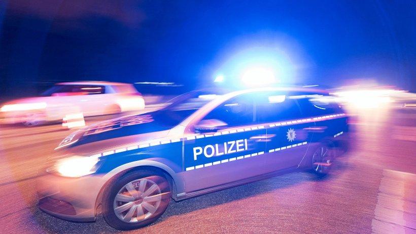Freudenberg: Radfahrer weicht Kind aus, vor Laterne geprallt