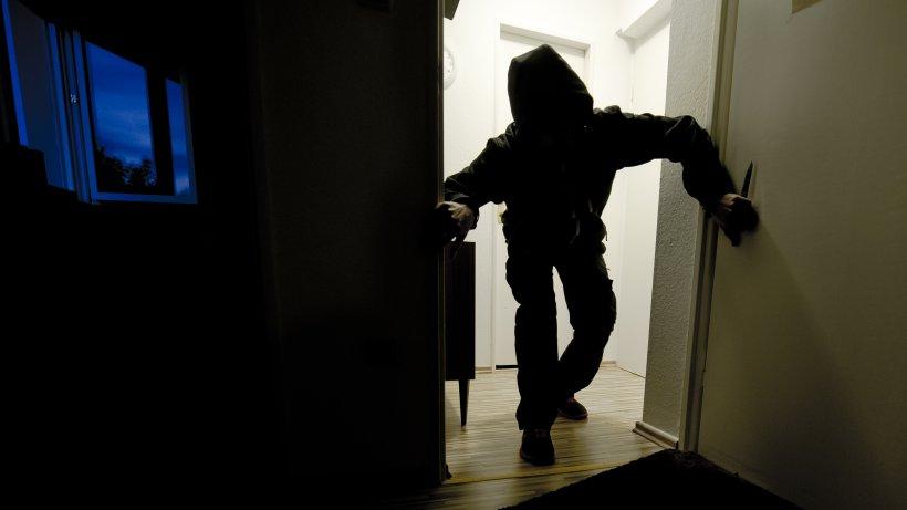 Hagen: Einbrecher machen Beute in Firma