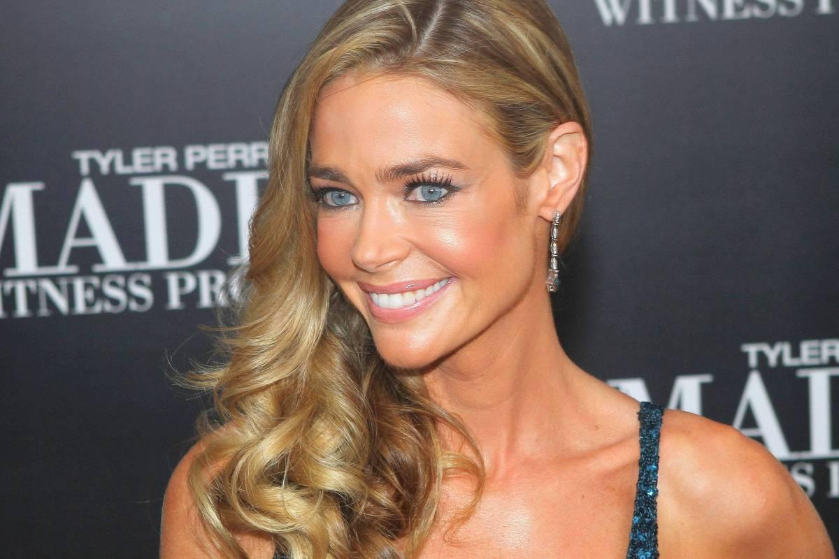 Denise Richards Ex Bond Girl Hat In Malibu Geheiratet Nrzde
