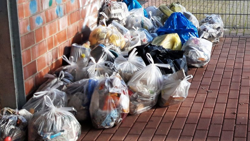 Xantens Handballer: Müll sammeln als Trainingsersatz